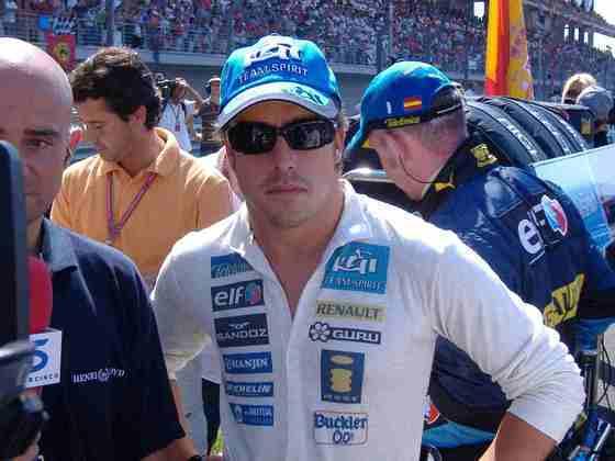 Fernando Alonso fez sua estreia pela Renault em 2003