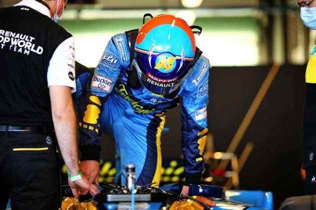 Fernando Alonso preparou uma surpresa especial em Abu Dhabi.