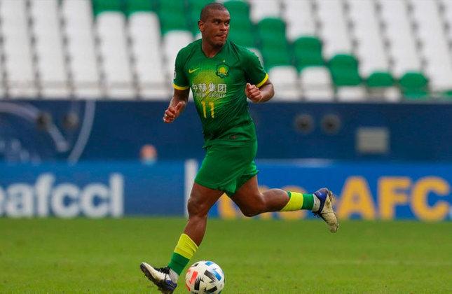 Fernando (Brasil) - 29 anos - Volante - Valor de mercado: 3,5 milhões de euros - Sem time desde: 18/08/2021 - Último clube: Beijing Guoan