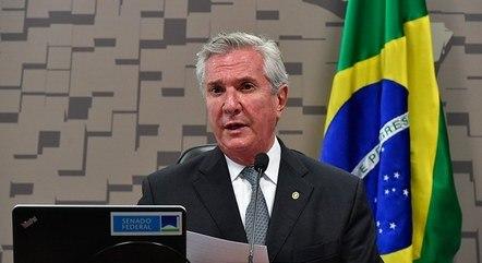 Fernando Collor defende turismo e reformas