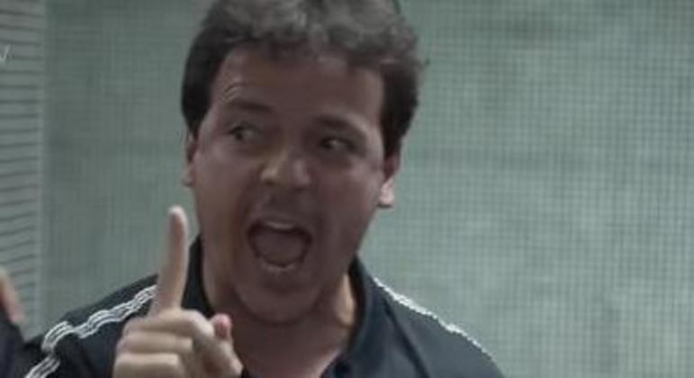 Fernando Diniz já treinou o Athletico em 2018. Não deixou saudades em Curitiba