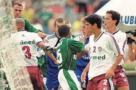Fernando Diniz jogou no Flu de 2000 até 2003