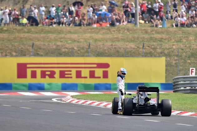 Fernando ficou constantemente a pé durante o período na McLaren-Honda