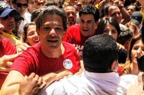 """Haddad: """"Tudo isso vai virar pó na eleição"""""""