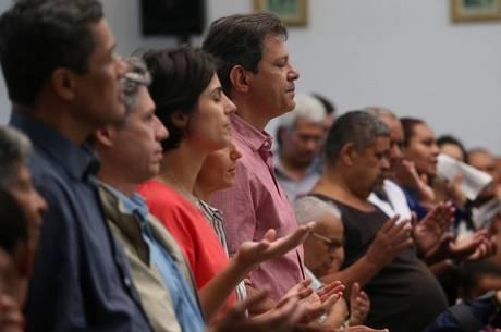 Fernando Haddad em igreja, na zona sul de São Paulo