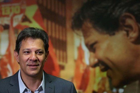 Ibope mostra Bolsonaro 14 pontos na frente de Haddad