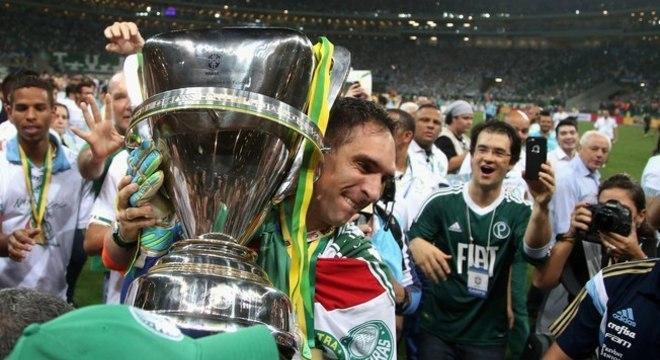 Fernando Prass. Injustiçado, desprezado pelo Palmeiras. Saída indigna