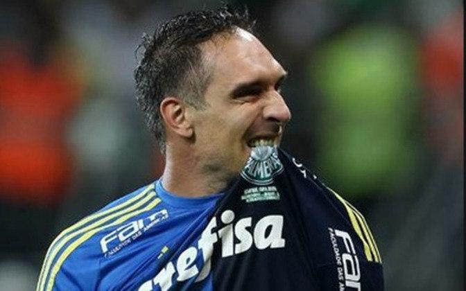 Fernando Prass: após uma longa jornada de destaque no Vasco, foi para o Palmeiras e se tornou ídolo, ganhando três grandes títulos pelo Verdão. As defesas de pênaltis sempre foram algo comum em sua carreira.
