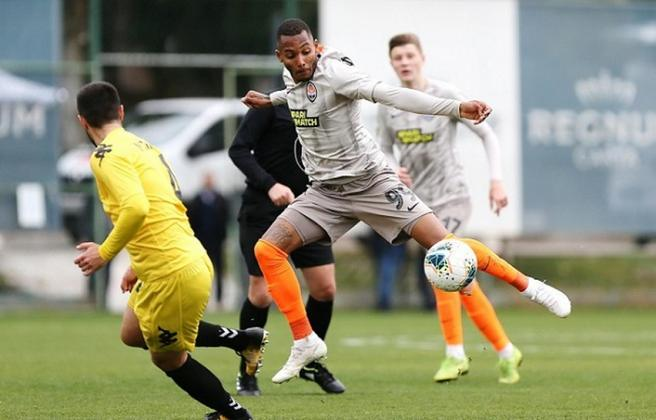 FERNANDO – Revelado pelo Palmeiras, Fernando foi vendido ao Shakhtar Donetsk em 2018. Foi emprestado ao Sporting, mas retornou à Ucrânia. É um bom nome.