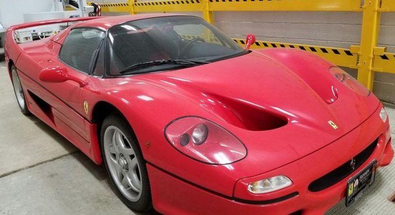 Ferrari foi roubada em 2003 na Itália e foi para nos Estados Unidos
