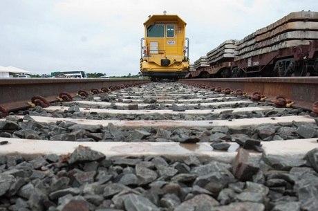 Governo visa desestatizar ferrovias, rodovias e aeroportos