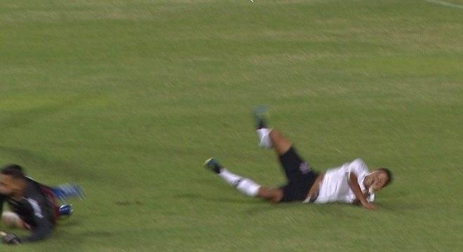 jogador sofreu fratura exposta no jogo Corinthians e Ituano