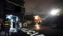 SP: polícia encerra festa clandestina em tabacaria com música ao vivo