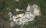 A explosão ocorreu na terça-feira passada (20) e, inicialmente, foi um mistério total. O epicentro foi a cidade de Kingston, no sul do estado, Mais especificamente, em uma propriedade de uma rede de indústrias chamada Torromeo (na foto acima)