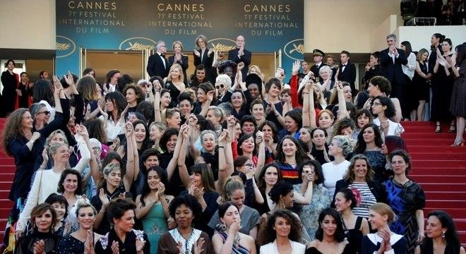 Ato reuniu artistas no tapete vermelho do Festival de Cinema
