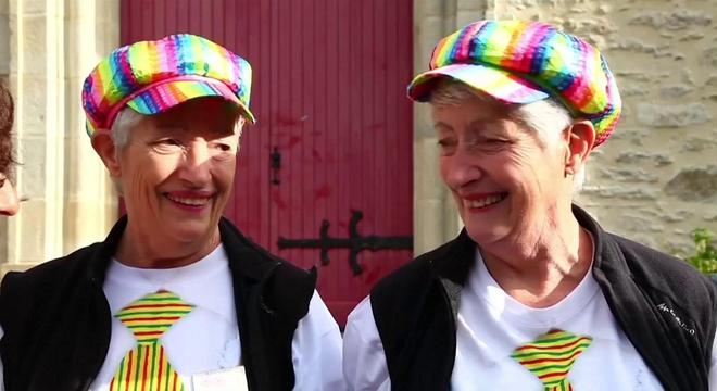 Festival anual reúne gêmeos, trigêmeos e quadrigêmeos na França