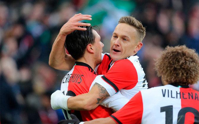 Feyenoord - Terceiro colocado do Campeonato Holandês, a equipe está oficilamente fora da próxima Champions League (2020/21), já que o campeonato foi cancelado pela federação e pelo governo do país.