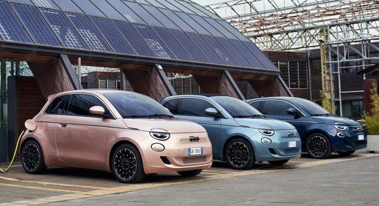 Fiat 500e tem 3,63 metros de comprimento