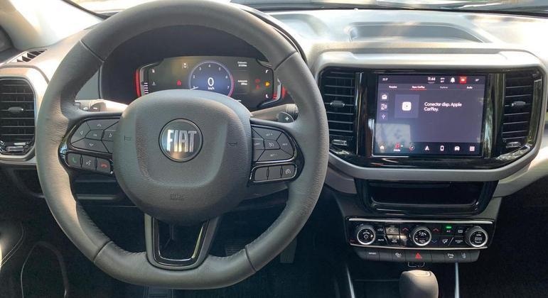 Fiat Toro fica mais conectada na linha 2022