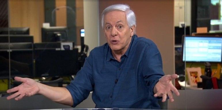 Fifa 99 a 06: o narrador era Milton Leite, que, na época estava na ESPN. Hoje ele faz parte do Grupo Globo.