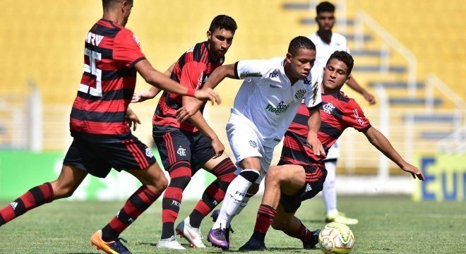 Figueirense e Flamengo fizeram partida disputada em Jaguariúna