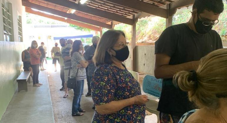 Pessoas que tomariam 2ª dose da vacina voltaram para casa sem a aplicação do imunizante