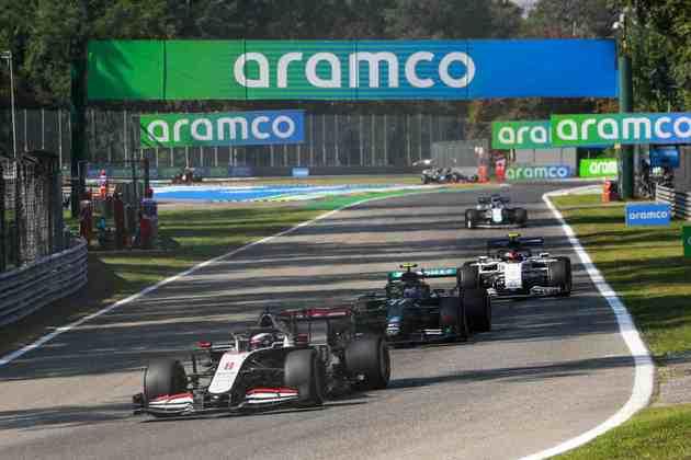 Filas de carros foram vistas nos treinos para o GP da Itália