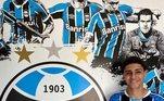 O filho de Adriano Imperador é o mais novo contratado das categorias de base do Grêmio. Aos 15 anos de idade, Adriano Carvalho Ribeiro, xará do pai, irá reforçar a base do clube de Porto Alegre