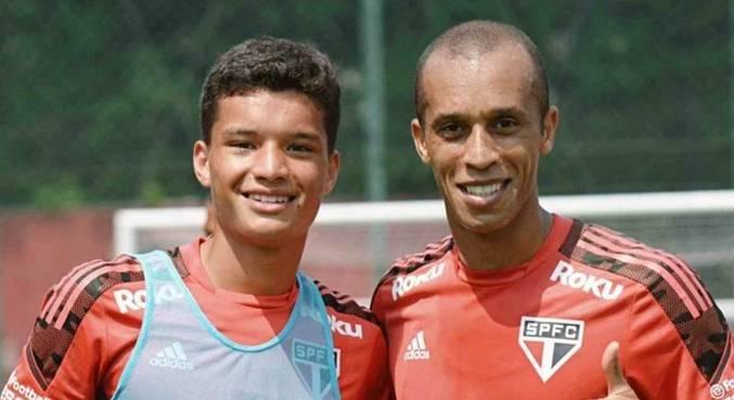 João Vitor, de 16 anos, que integra a categoria sub-17 do São Paulo