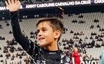Até o ano passado, ele era jogador de futsal do Alvinegro. Mas, desde menorzinho, Henrique frequenta os estádios ao lado do pai... Olha o estilo de Fagninho em plena Neo Química Arena