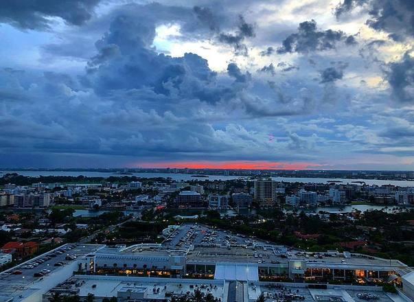 Há também registros de umaviagem a Miami, na Florida, Estados Unidos, em 2018