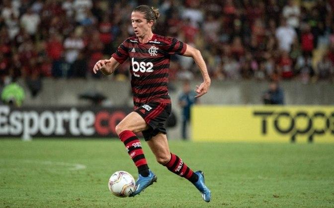 Filipe Luís (35 anos) - Lateral-esquerdo do Flamengo