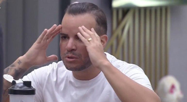 Filipe e Bibi se desentendem durante o jogo da discórdia do último domingo (30)