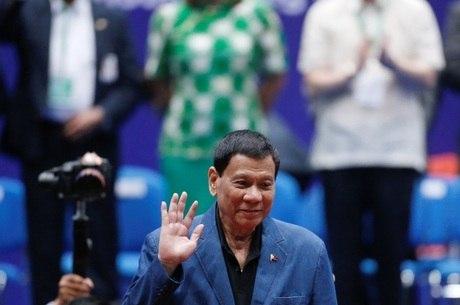 Duterte acusou empresa de tentar minar seu governo