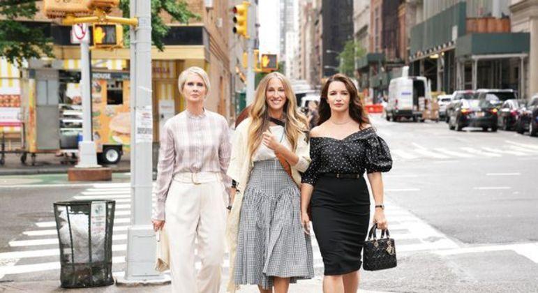 Sarah Jessica Parker, Cynthia Nixon e Kristin Davis estão filmando sequência de série