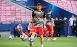 Robert Lewandowski é a principal estrela do Bayern de Munique. A temporada o polonês é perfeita.O atacante tem 15 gols em nove jogos desta Champions League, 34 no campeonato Alemão e seis na Copa da Alemanha