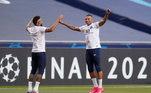 O futebol e a entrosamento de Neymar e Mbappé são fundamentais para o PSG chegar ao primeiro título da Champions. No aquecimento para o jogo, os dois pareciam calmos