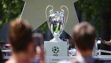 Jovens torcem por Chelsea e City na Champions por influência dos pais