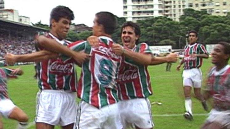 Final nas Laranjeiras - O tradicional estádio do Fluminense, Manoel Schwartz, mais conhecido como as Laranjeiras, não é utilizado desde 2003. Entretanto, em 1993, o Tricolor conquistou o último título no estádio, após vencer o Volta Rodonda por 1 a 0 na decisão da Taça Guanabara