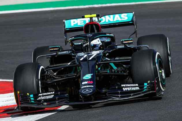Finlandês da Mercedes liderou as duas sessões da sexta-feira no circuito português