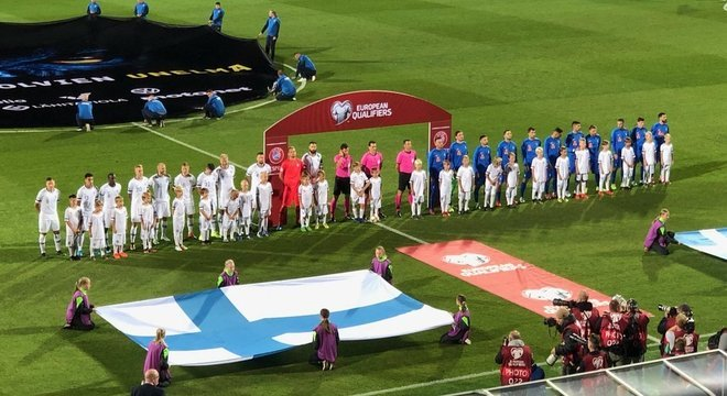 Finlândia 1 X 0 Grécia