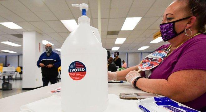 Vários Estados chave para a corrida ao Senado ainda não tiveram os resultados divulgados