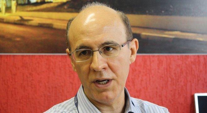 O físico Osvaldo Novais de Oliveira Junior, da Universidade Federal de São Carlos, também participou da criação do programa
