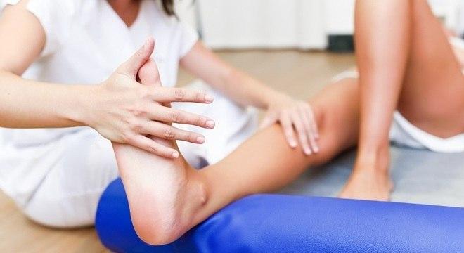 Alguns pacientes tem que fazer fisioterapia após a alta hospitalar da covid-19