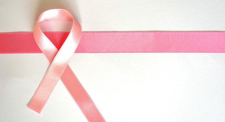 Laboratório oferece mamografia gratuita como parte do 'Outubro Rosa'