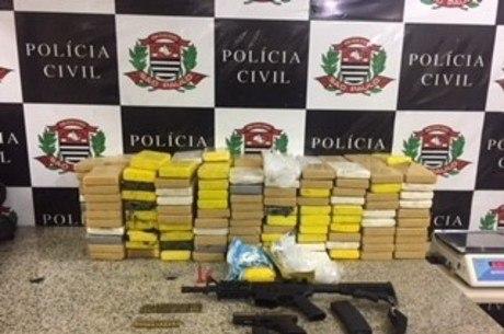Operação da Polícia Civil apreende drogas e armas