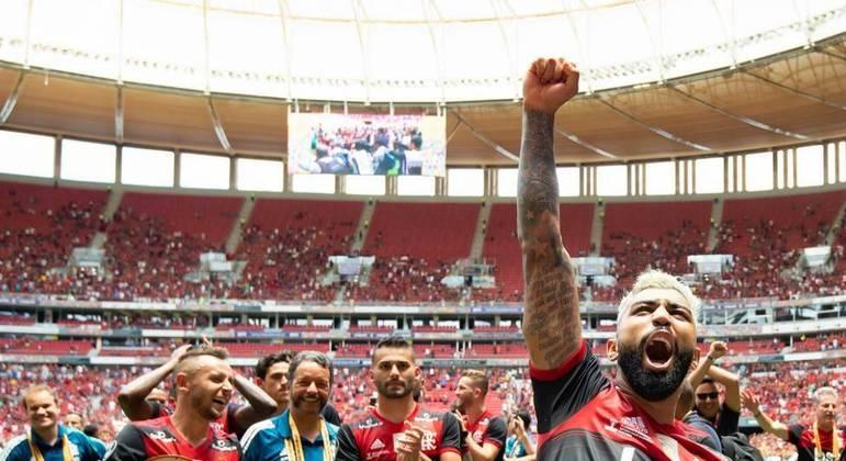 Flamengo comemora a conquista da Supercopa do Brasil em 2020. No Mané Garrincha