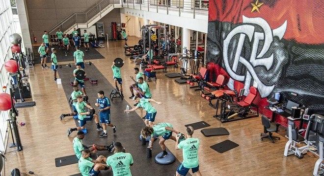Jogadores do Flamengo não querem retomar os treinos. Medo