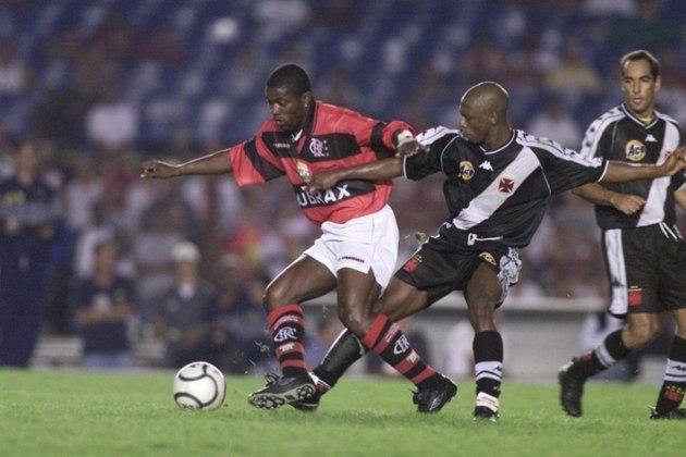 Flamengo 1 x 5 Vasco - 23/4/2000 - Poucos meses depois, uma Páscoa com promessa cumprida de Eurico Miranda: goleada em campo e 40 mil ovos de chocolate dados de presente a quem estava na arquibancada.