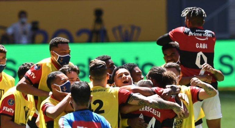 Flamengo fez a festa em Brasília. Se firmou como o melhor time do Brasil